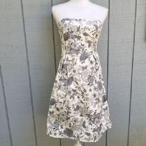 Old Navy 4 Strapless Gray/White Floral Dress